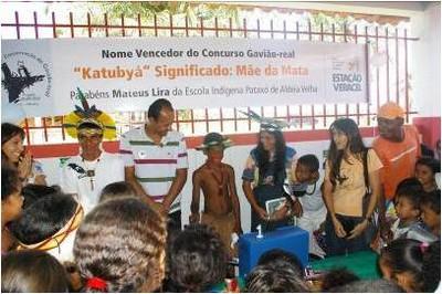 Resultado concurso nomeie um gavião-real. Bahia. 2008.